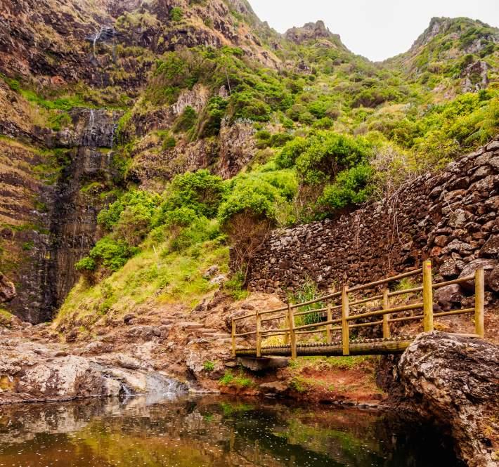 Cascata do Aveiro nos Açores
