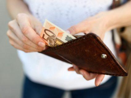 O que aumenta com a subida do salário mínimo
