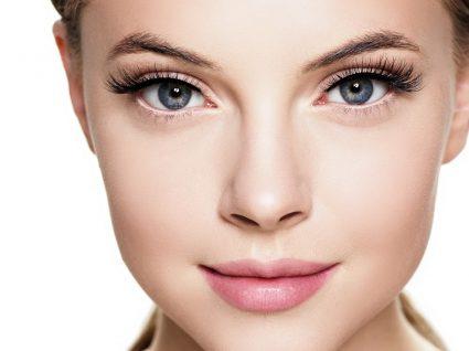Mulher com olhos bonitos