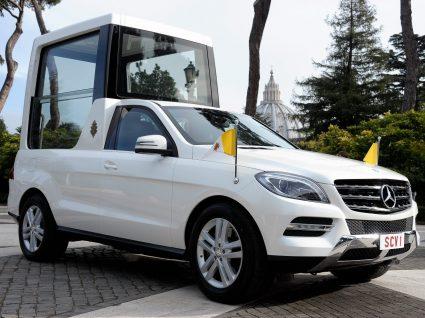 Papamóvel Mercedes