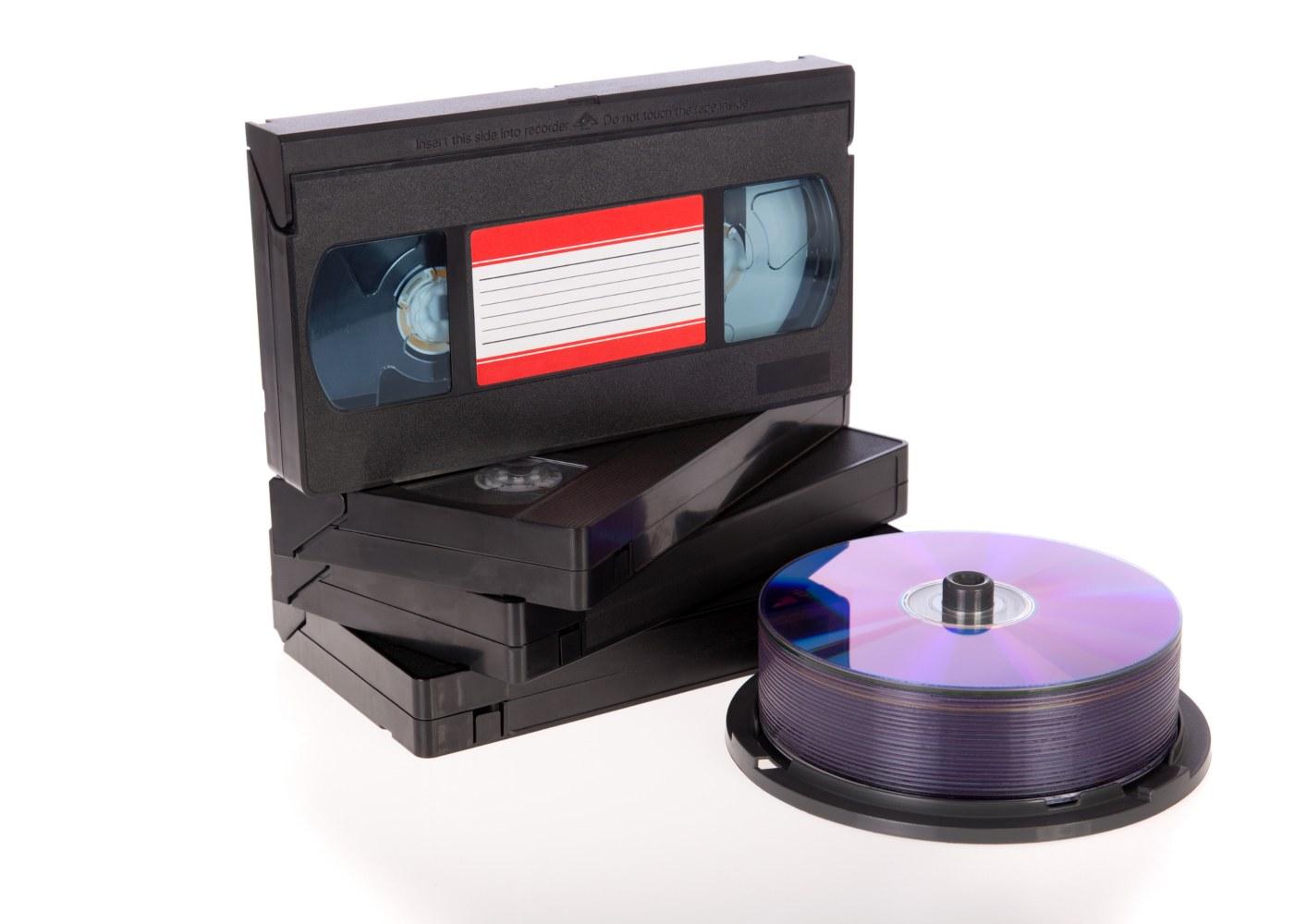 Cassetes VHS e DVD