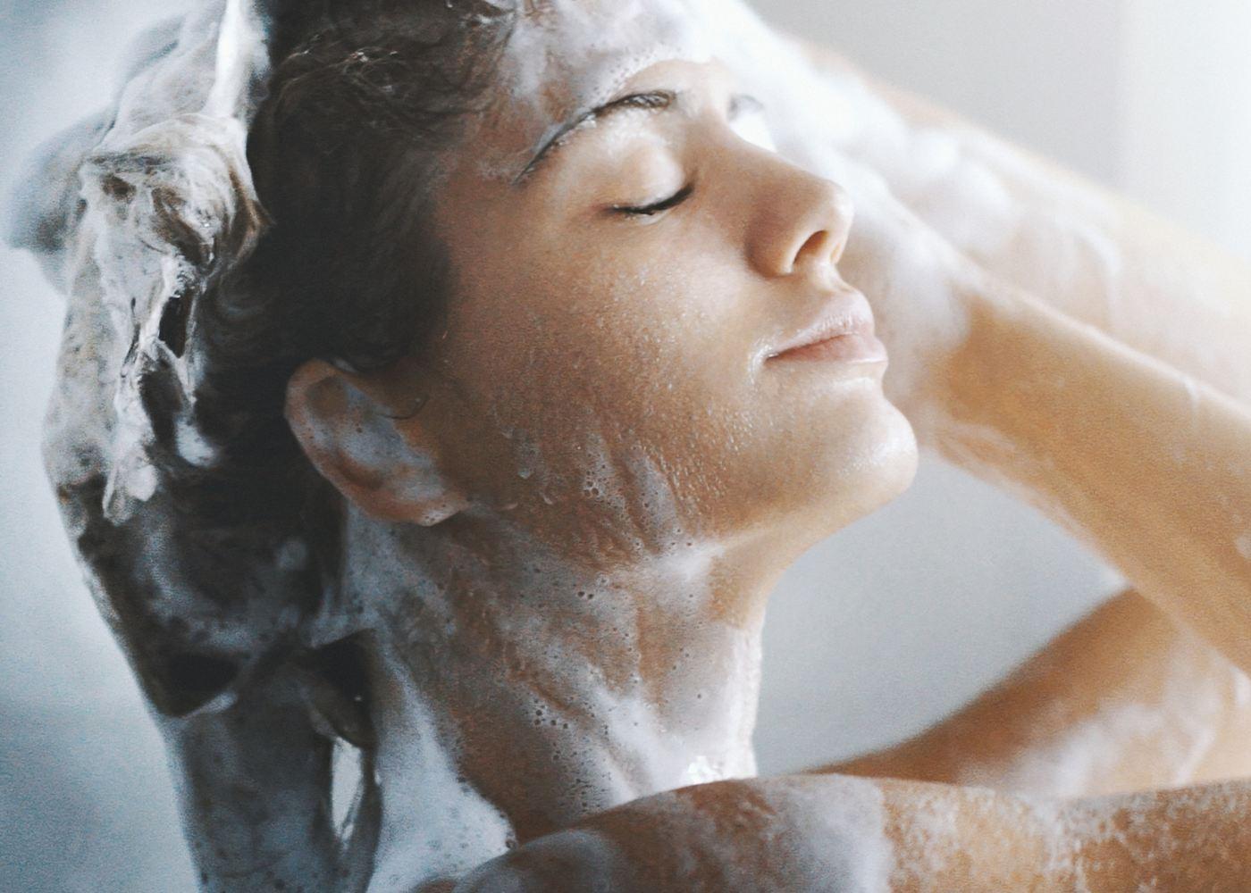 Esfoliante para lavar o cabelo