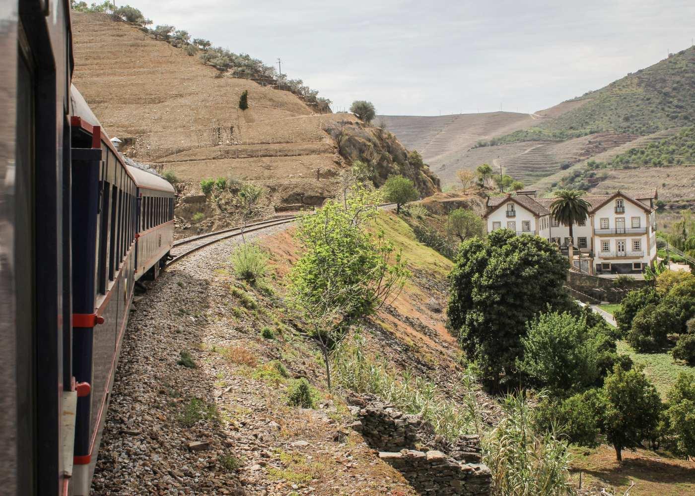 Viagens de comboio na Quinta do Vesúvio
