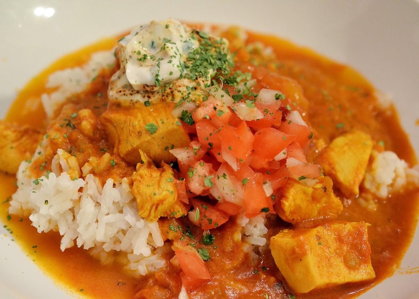 galinha com manga e arroz