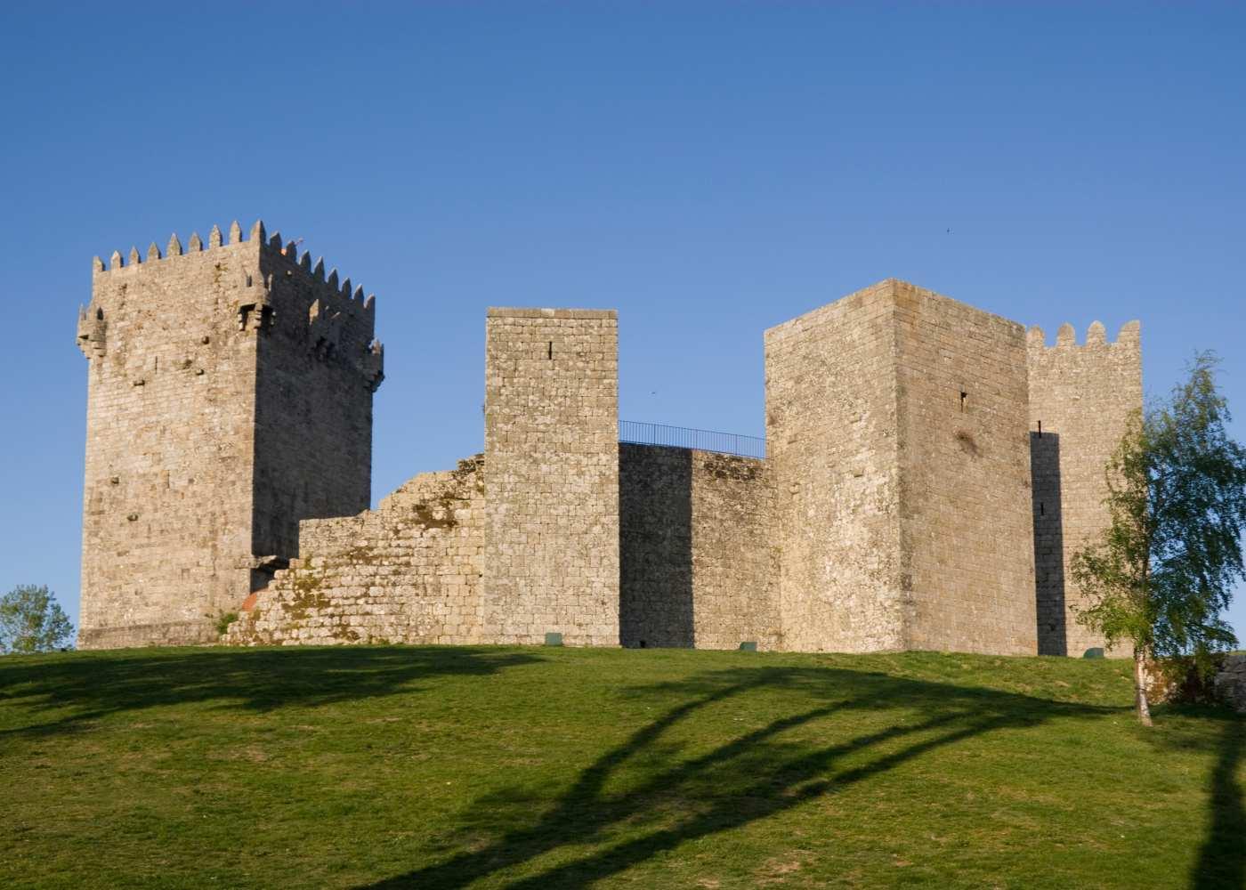 Vista do castelo de Montalegre