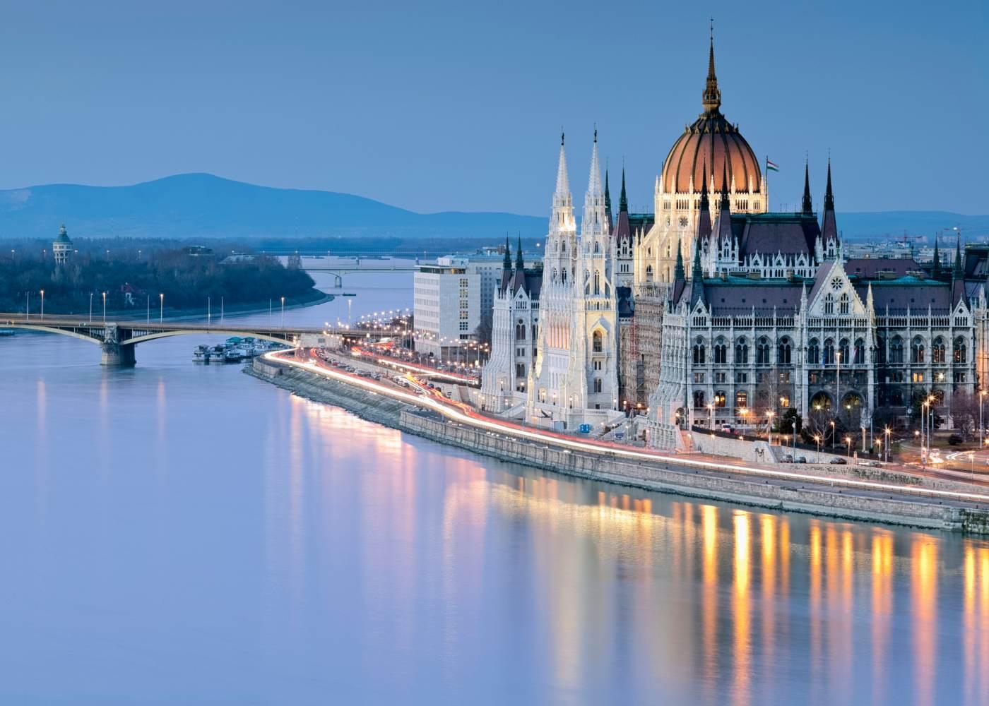 Parlamento da Hungria em Budapeste uma das cidades mais baratas da Europa