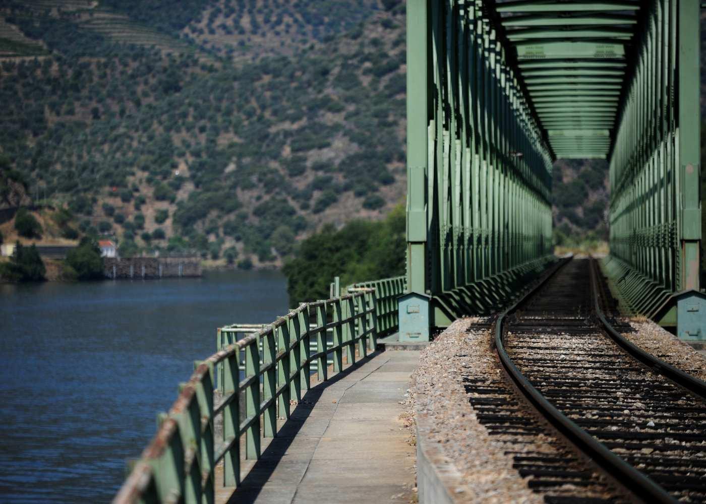 Linha de comboio no Douro
