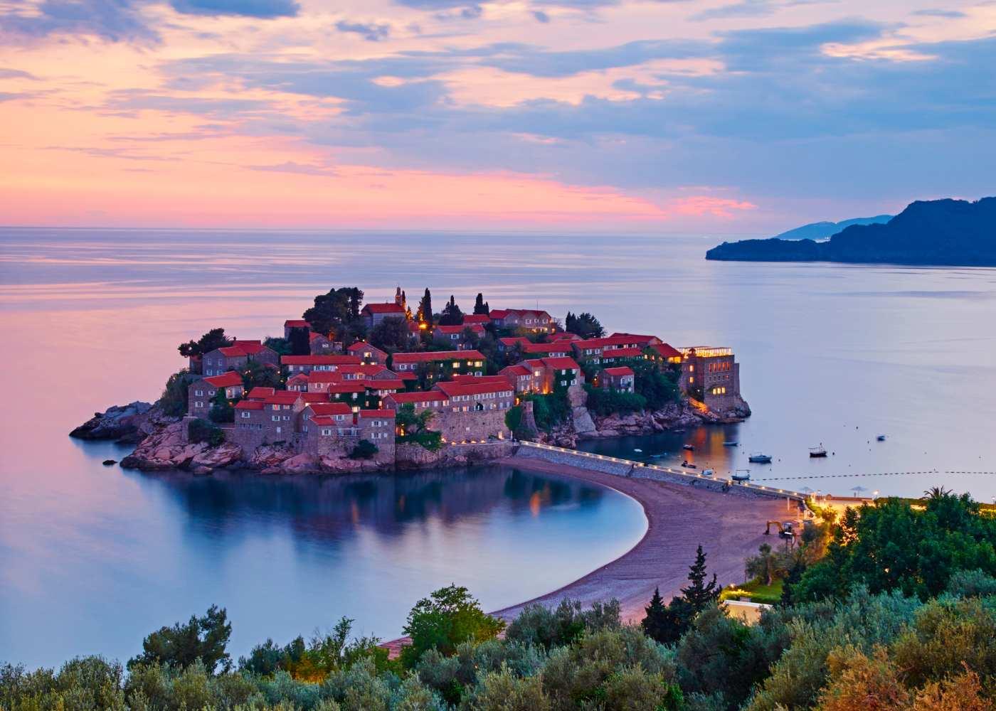 Viagem de comboio na europa até Montenegro