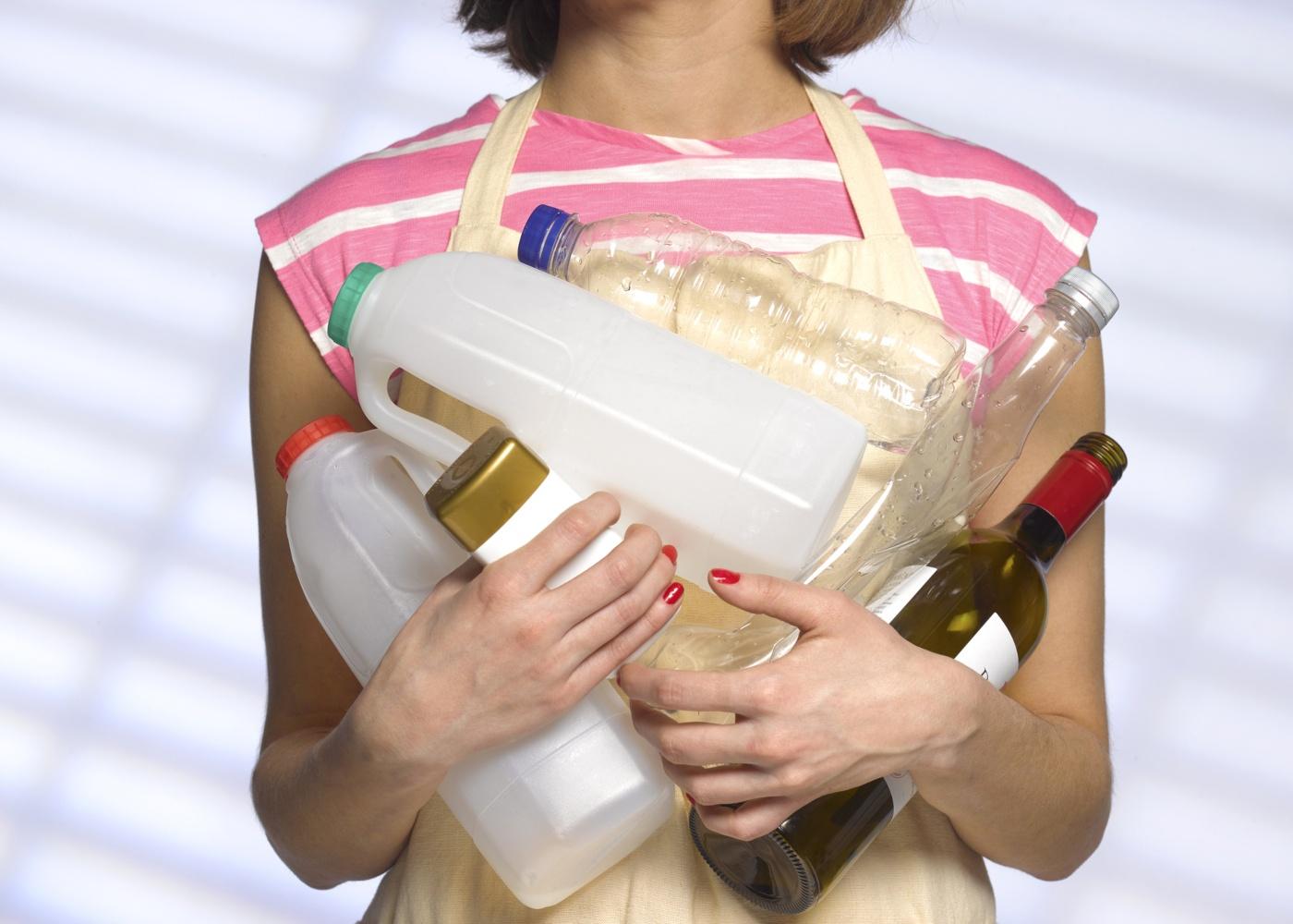 mulher reciclagem