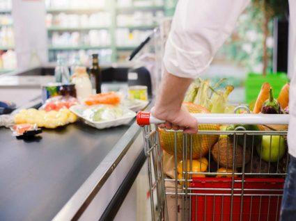 Supermercados: setor garante abastecimento durante este período