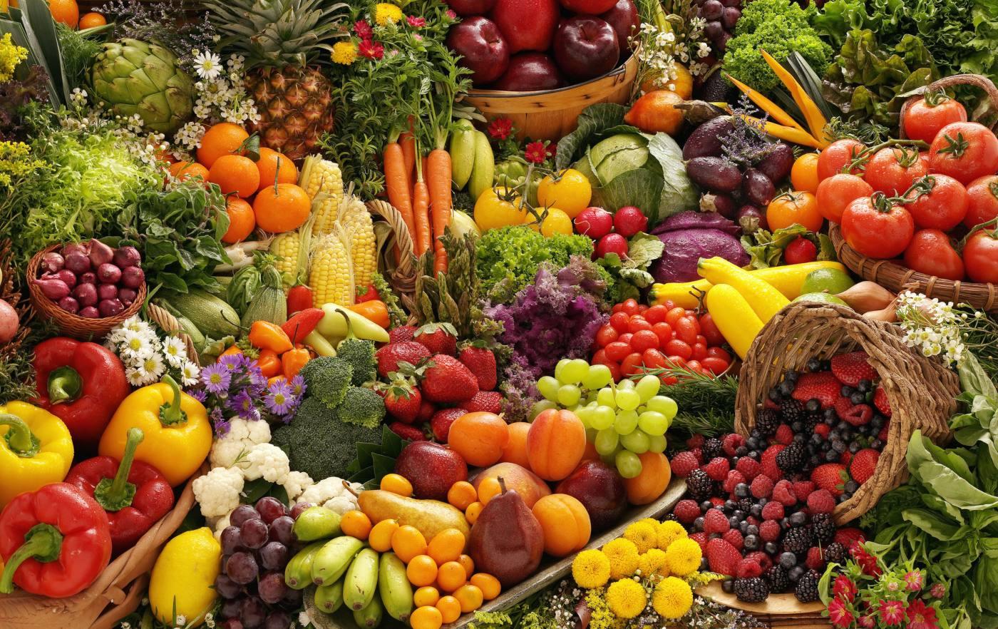 frutas e legumes saudáveis