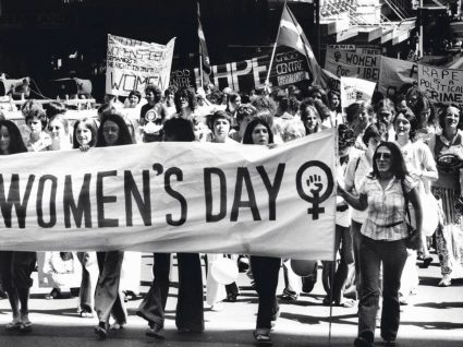 Manifestação no Dia Internacional da Mulher