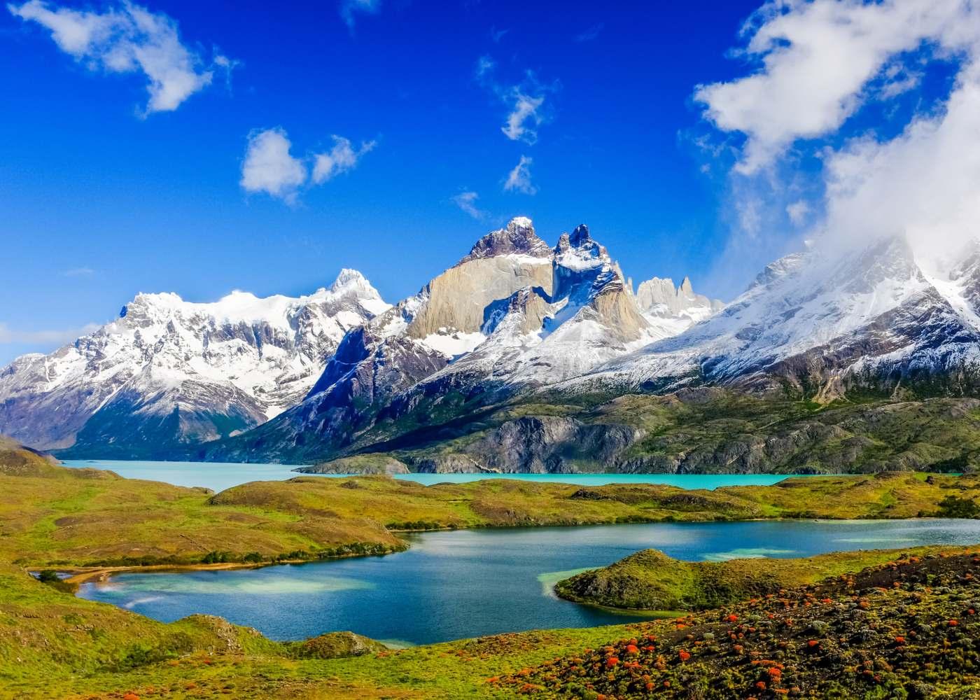 Lagos e montanhas na Argentina