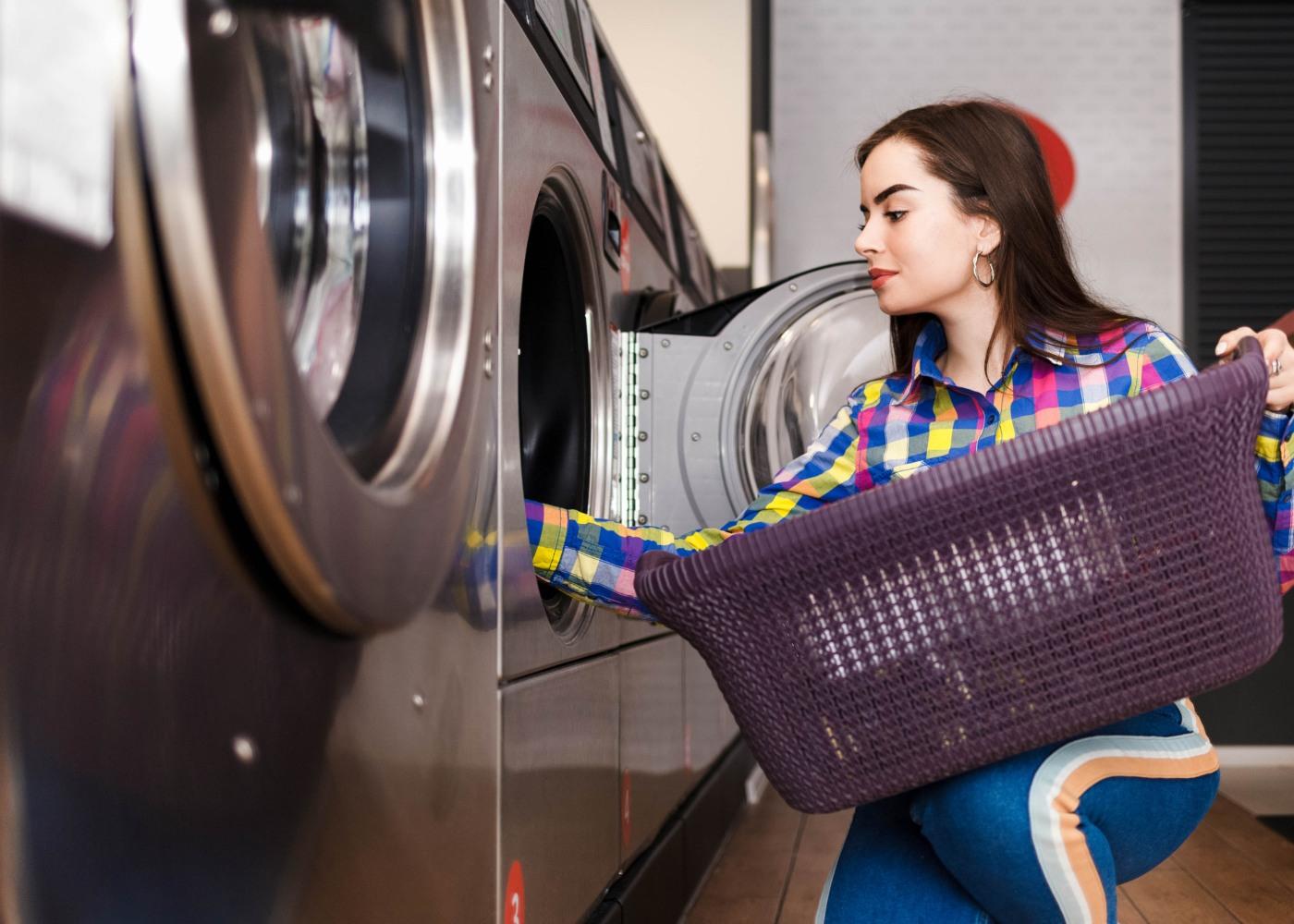 roupa-máquina-lavandaria