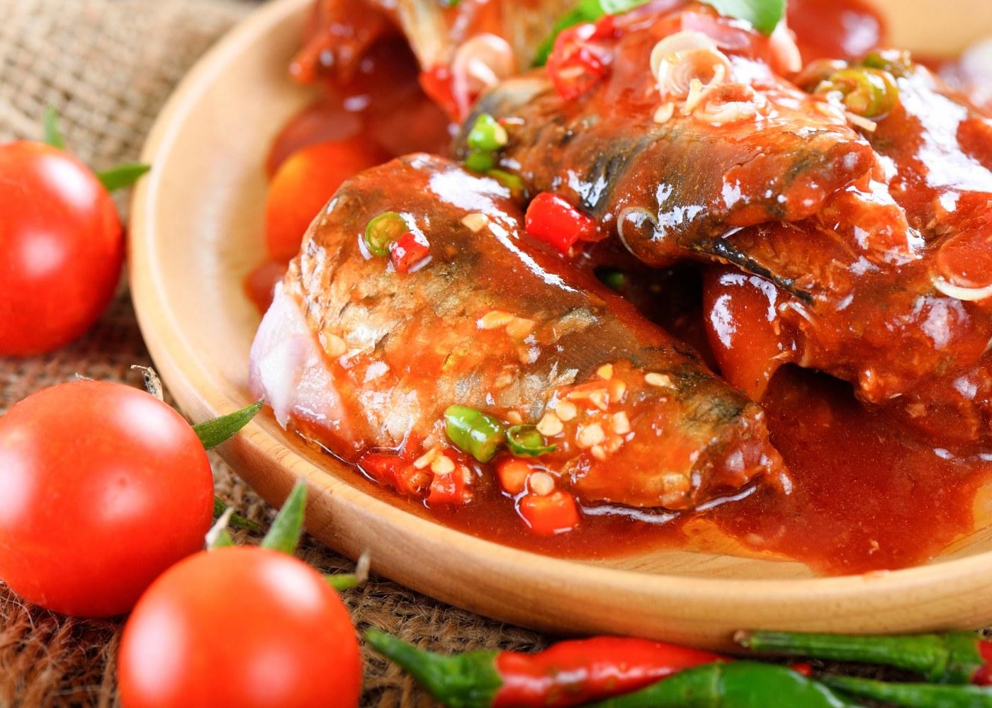 Caldeirada de cavala em tomate