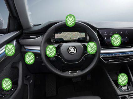 Interior carro Skoda
