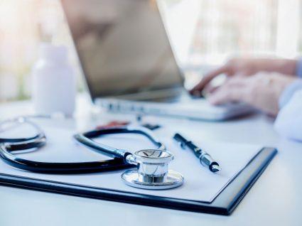 como funciona o acesso de estrangeiros a cuidados de saúde