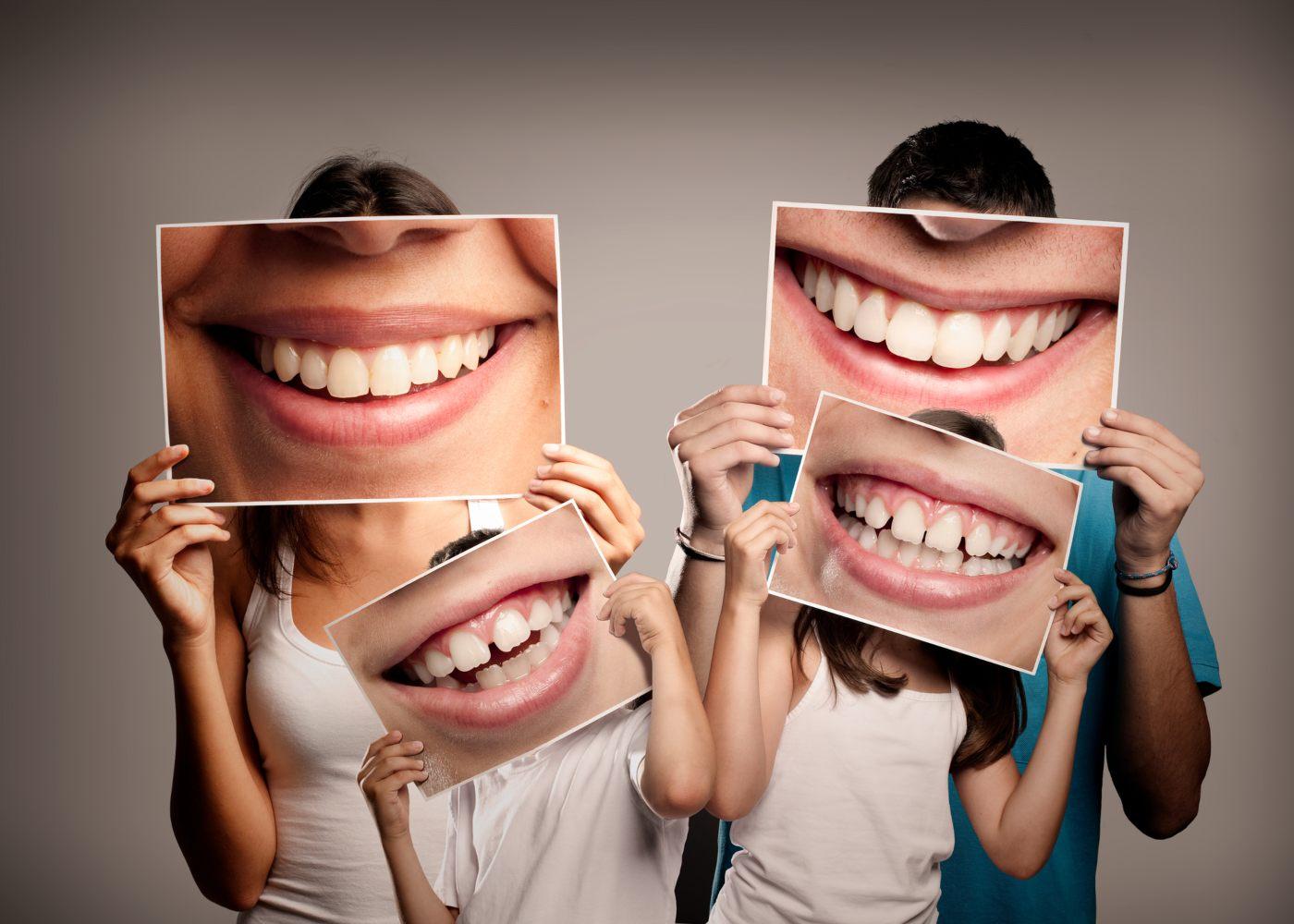 Família que branqueou os dentes