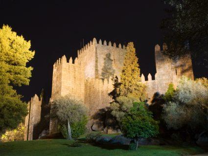 Cinema drive-in-em Guimarães: fotografia do Castelo da cidade