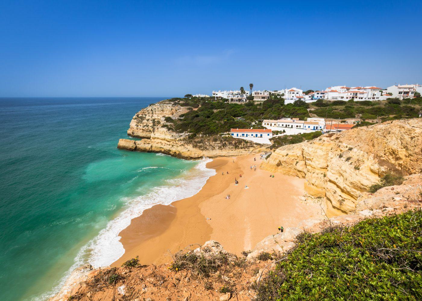 Praias do Algarve em Benagil
