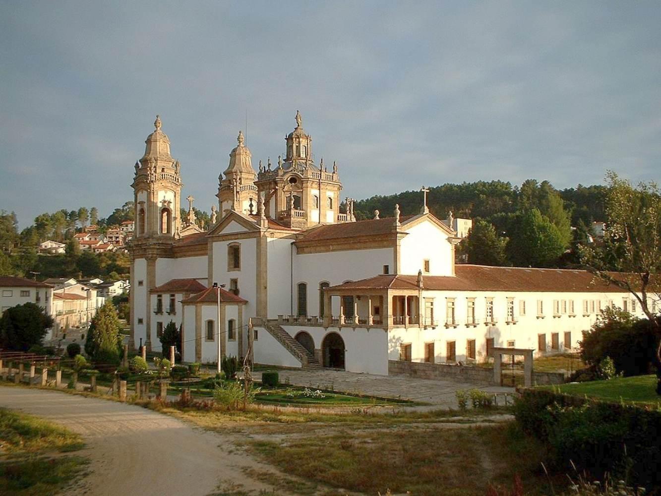 Mosteiro de São Miguel em Cabeceiras de Basto