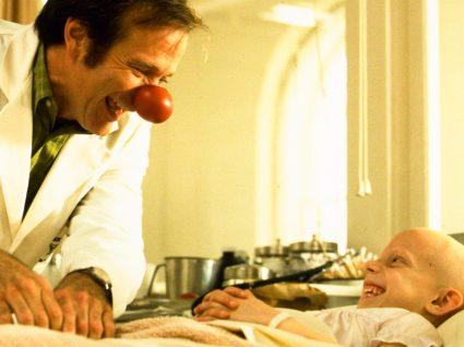 Filme Patch Adams sobre a terapia do riso