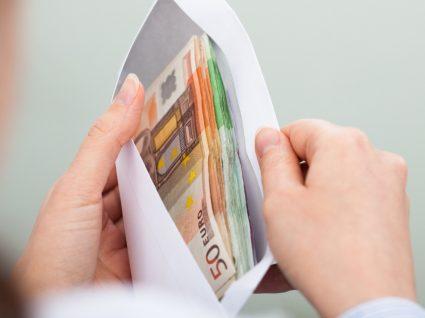 Emprestar dinheiro a amigos e familiares