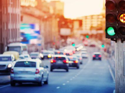 trânsito de cidade