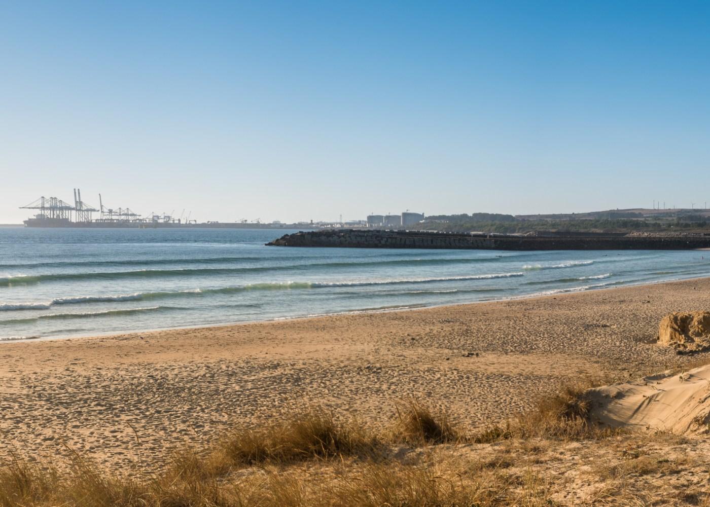 Panorâmica da praia de São Torpes