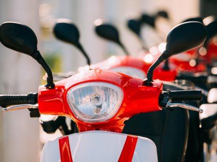Motos elétricas de serviço de motosharing