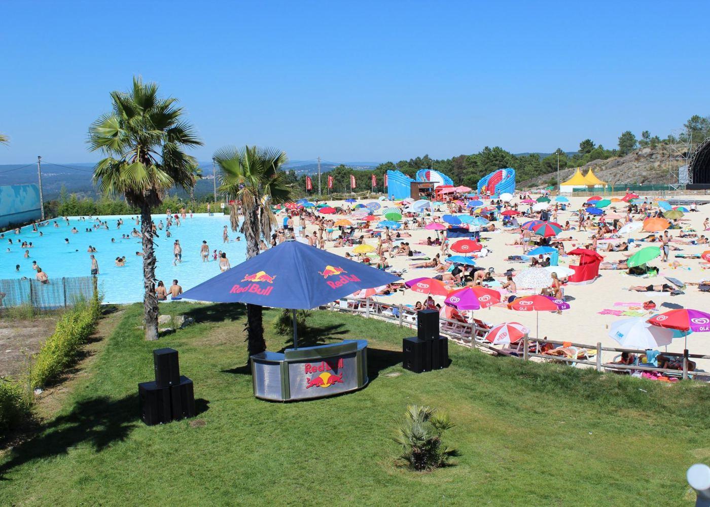 Panorâmica da praia artificial de Mangualde