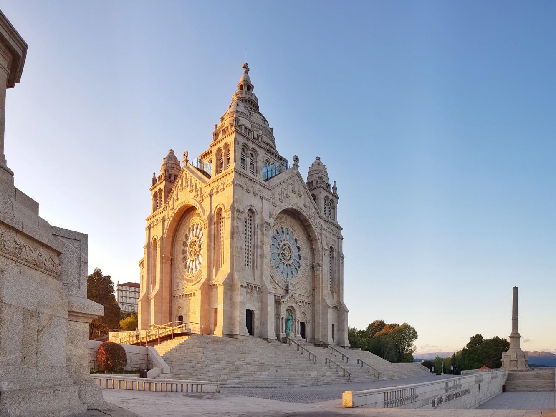 Vista sobre o Santuário de Santa Luzia em Viana do Castelo