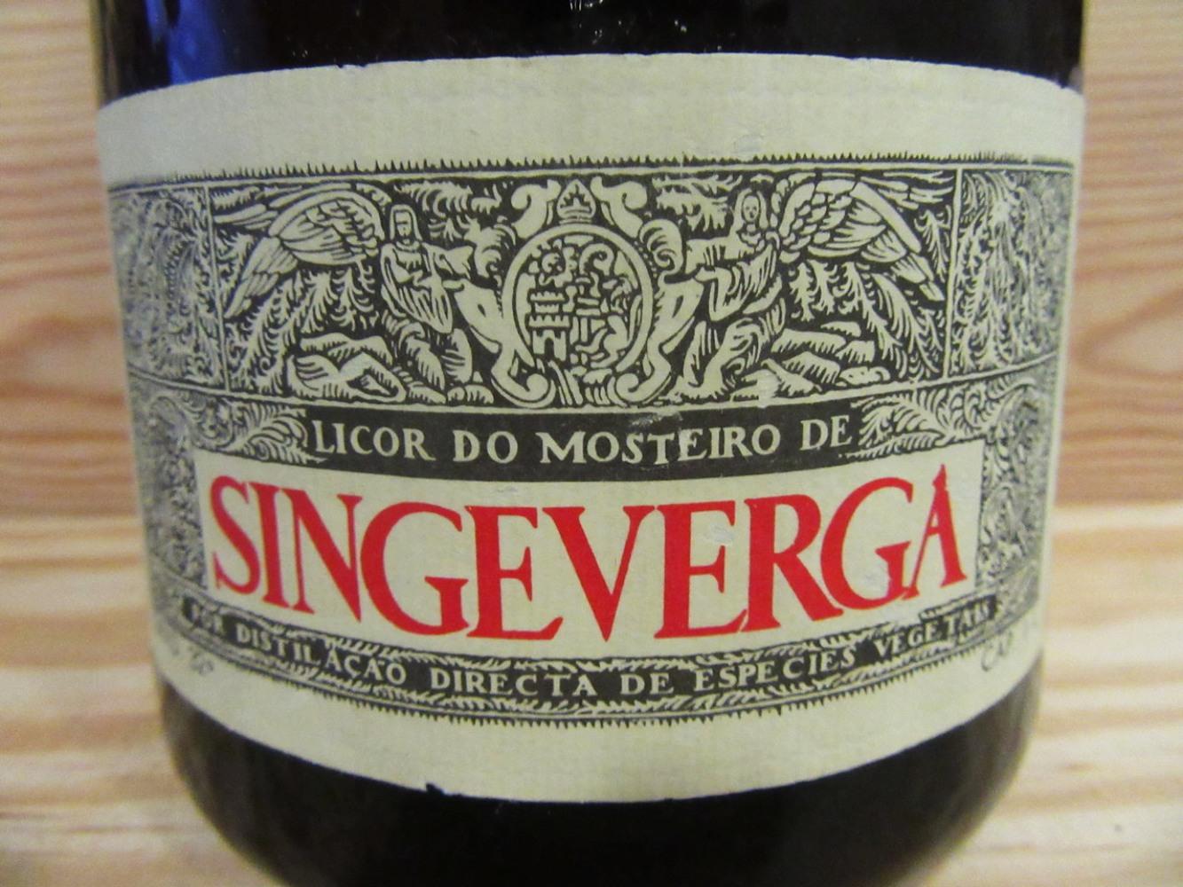 Garrafa de licor de Singeverga