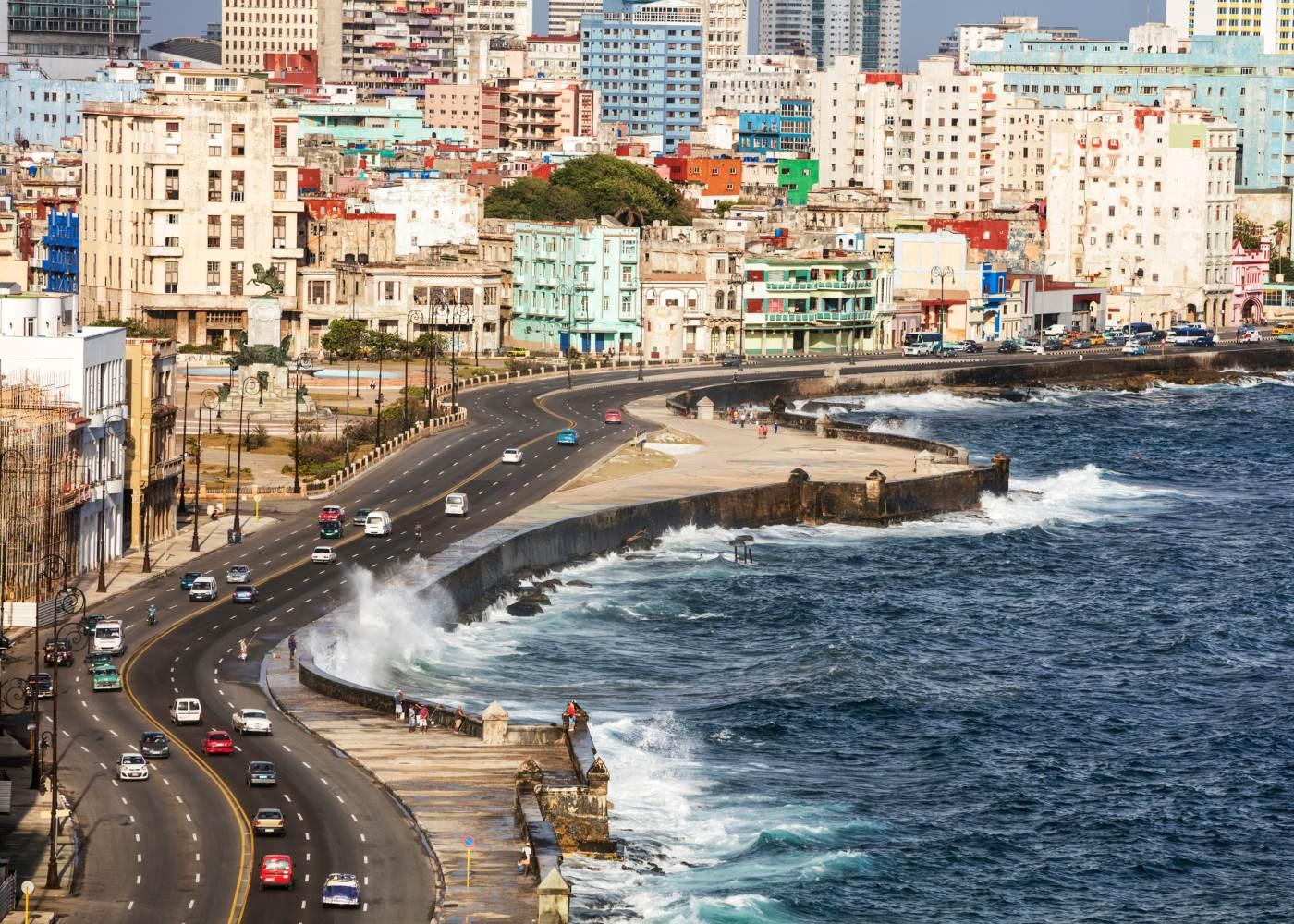 Passeio do Malecón em Havana