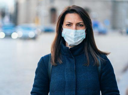 Maskne provocado pelas máscaras