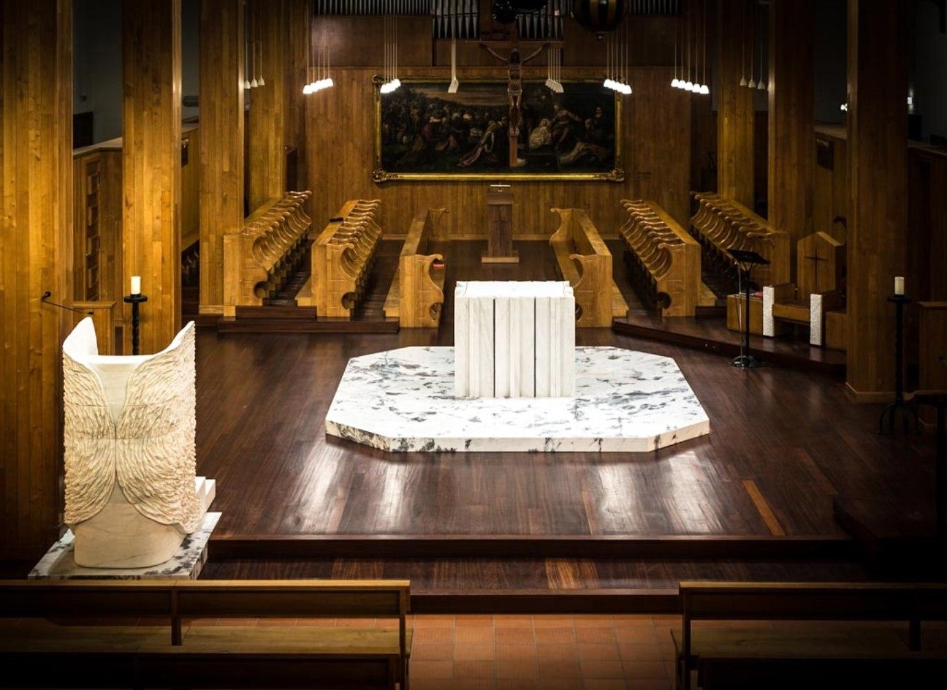 Altar no Mosteiro de Singeverga