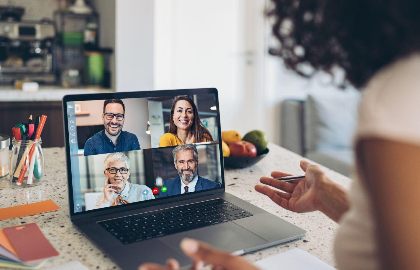reunião de trabalho virtual
