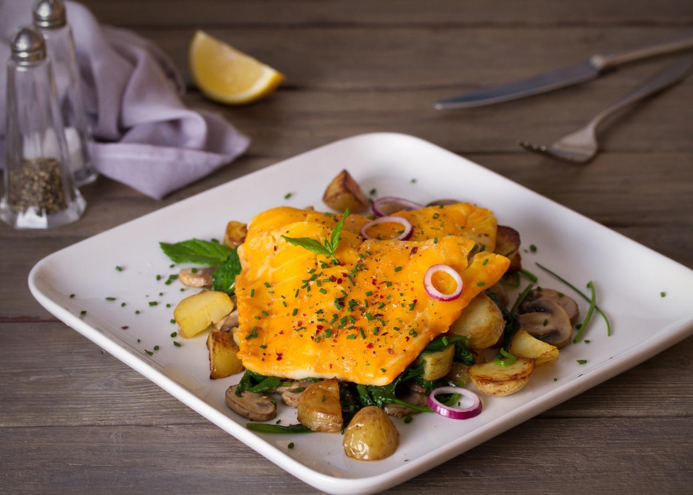 filetes de pescada com cogumelos
