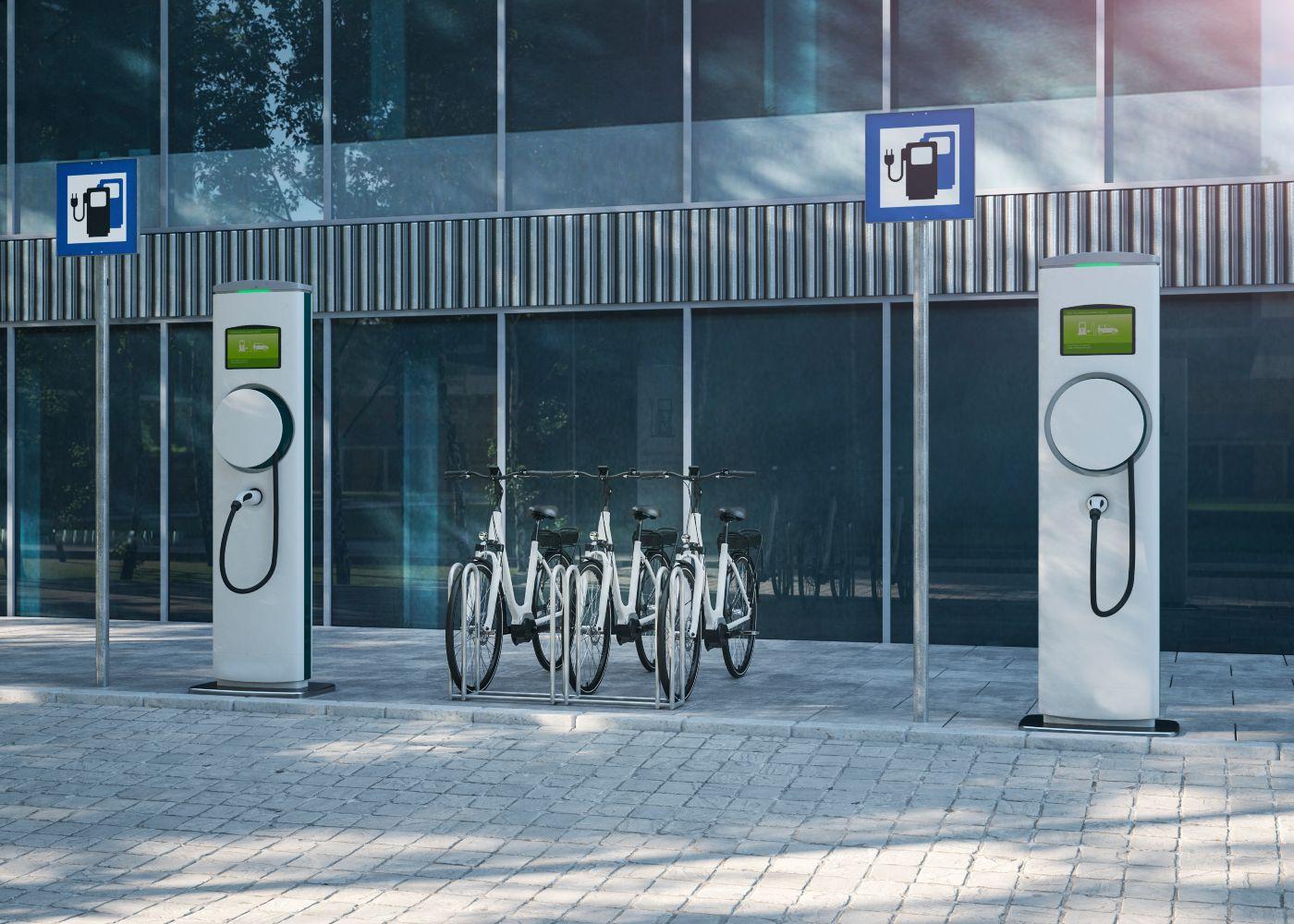 zona de estacionamento e carregamento de bicicletas elétricas