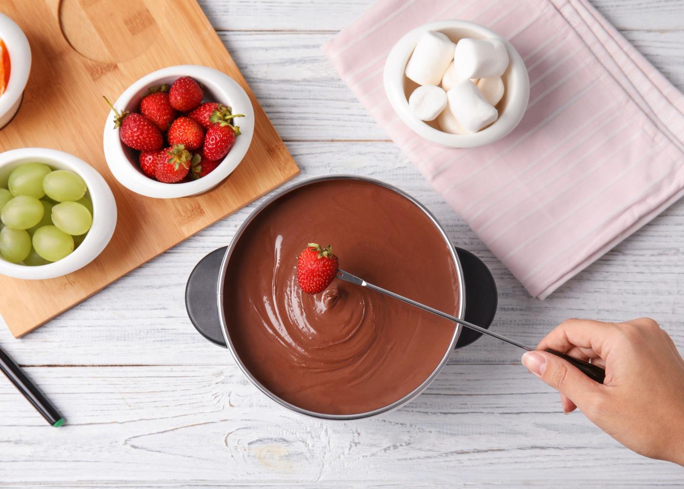 fondue de chocolate com vinho branco