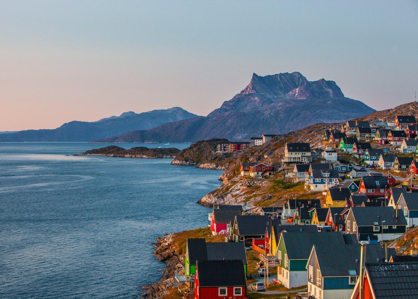 Panorâmica de aldeia na Gronelândia