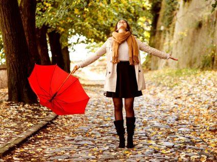 Looks para dias de chuva para mulher