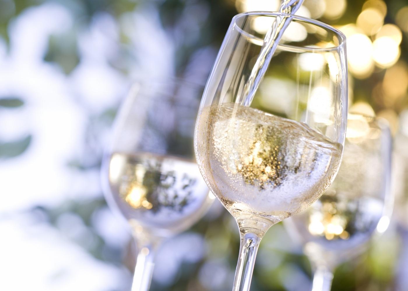 servir vinho
