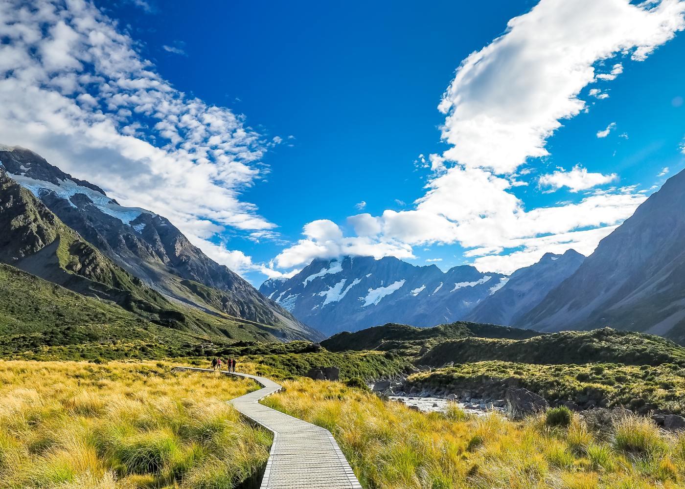 Paisagem montanhosa na Nova Zelândia