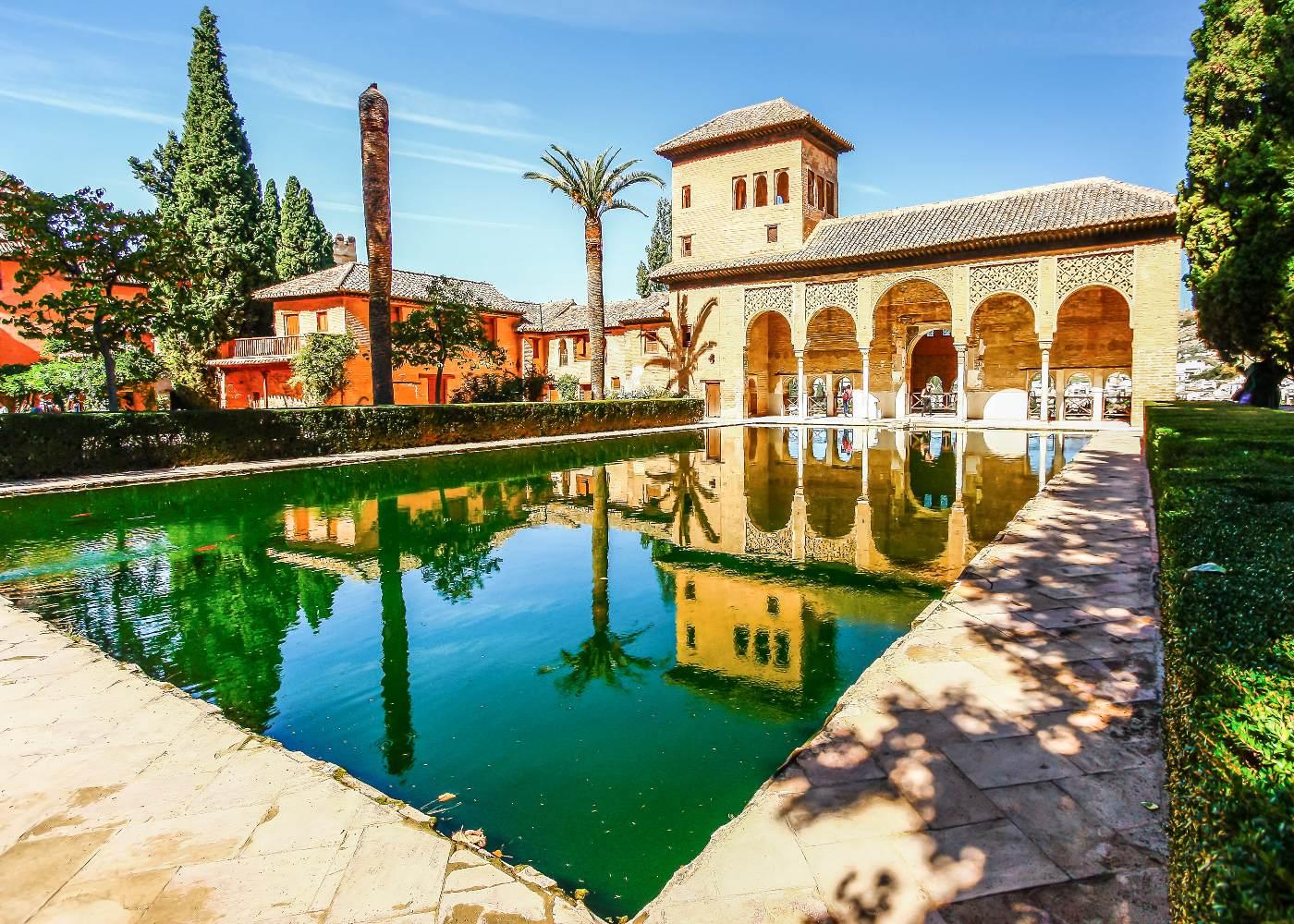 Jardim interior do Alhambra