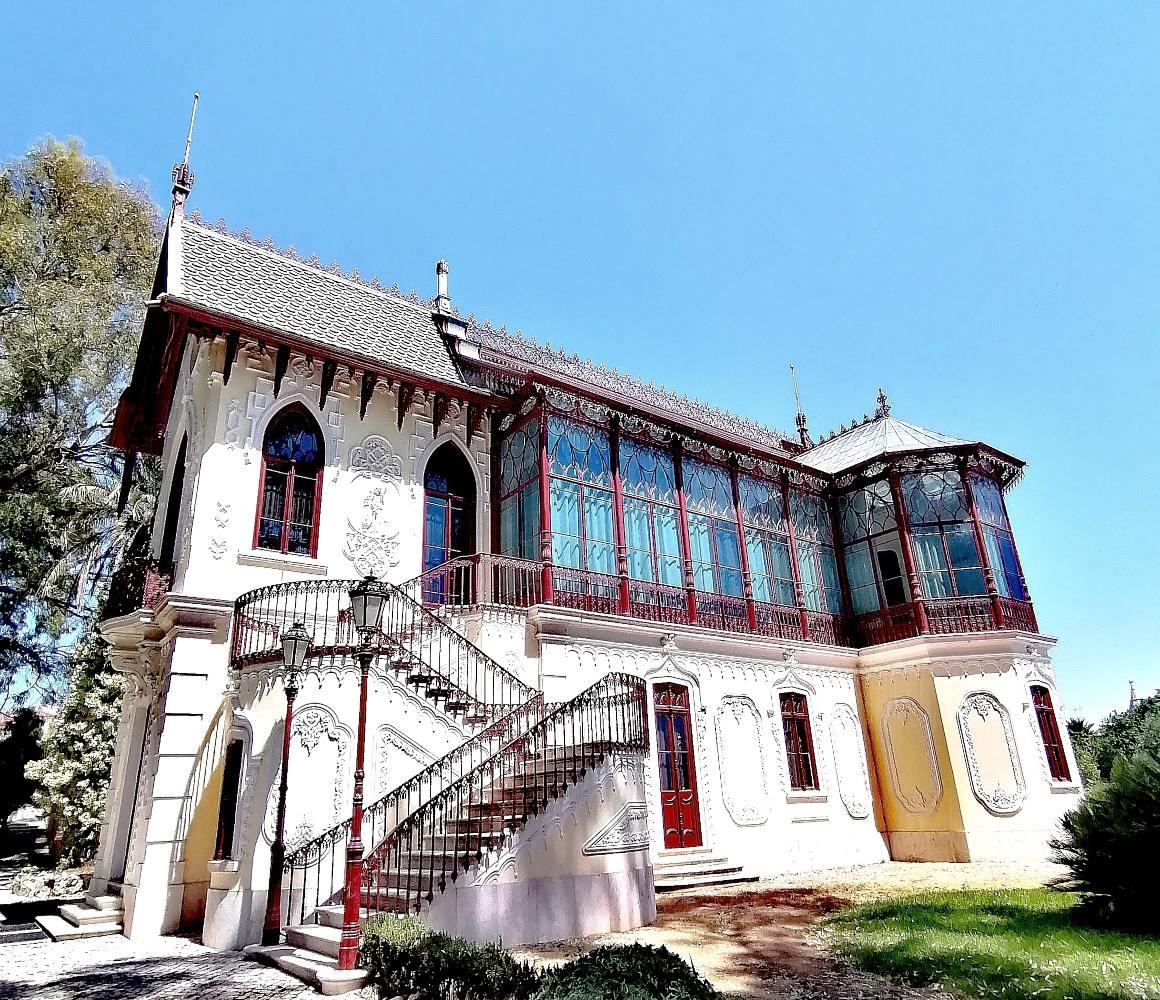 Casa de Carlos Relvas no centro da Golegã