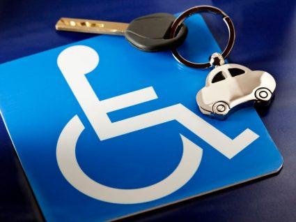 dístico para condutores portadores de deficiência