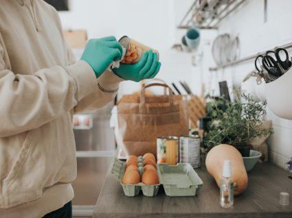 desinfetar embalagens depois das compras