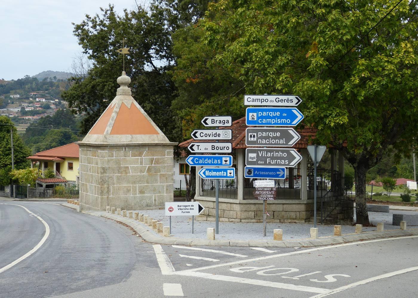 Placas toponímicas no Gerês