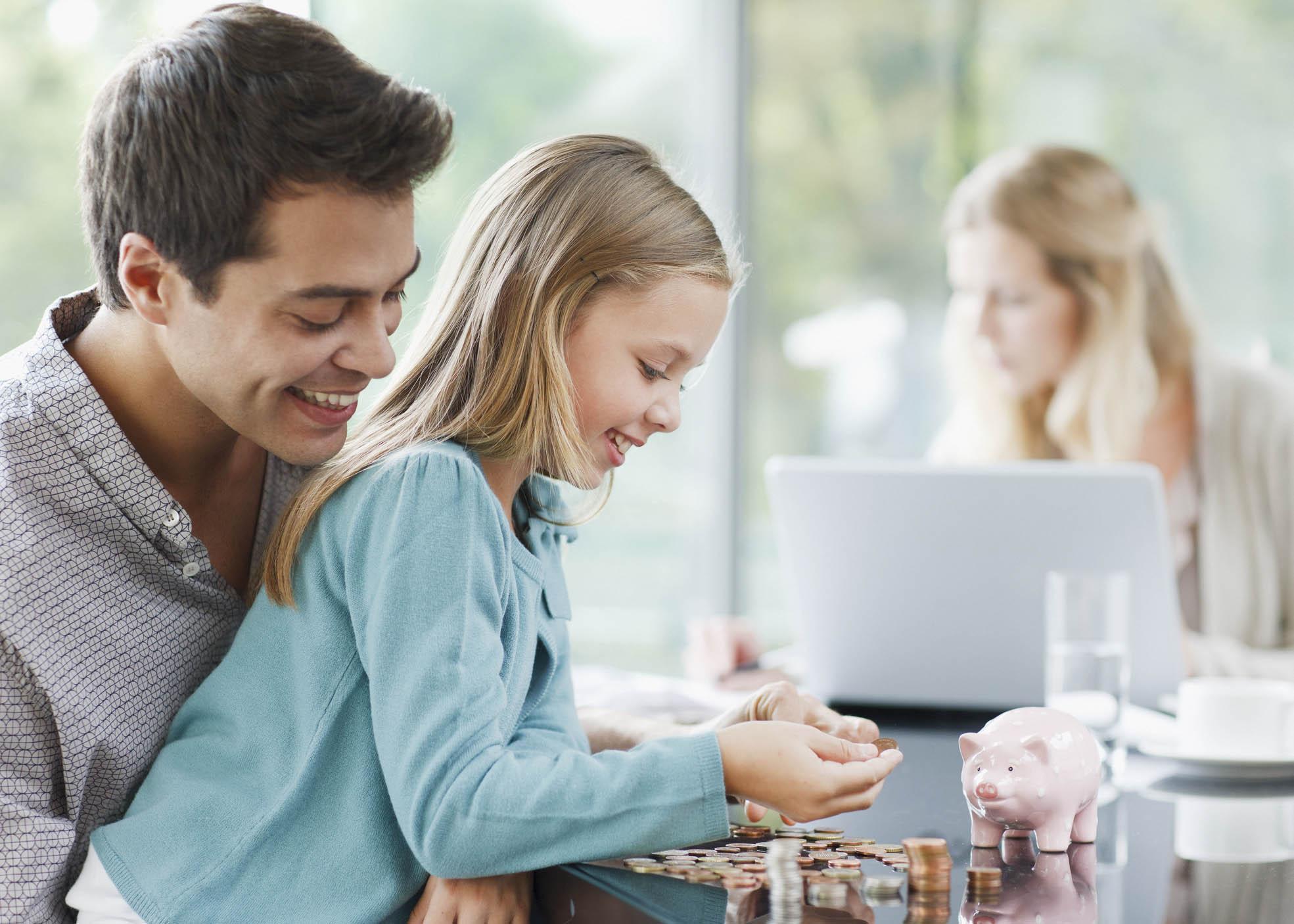 família poupar dinheiro